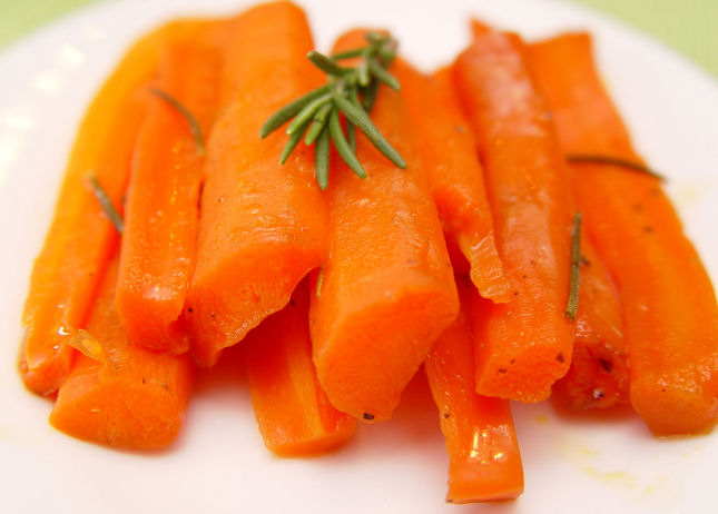 Glazed Carrots with Rosemary