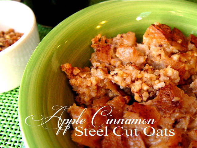 Overnight Apple Cinnamon Steel Cut Oats (Crock Pot)