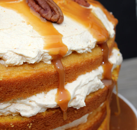 Pumpkin Layer Cake with Fluffy Cream Cheese Filling and Caramel ...