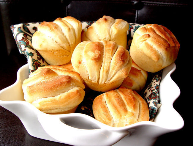 These freezer rolls make having fresh bread for dinner a quick possibility. Just grab frozen dough balls from the freezer, let thaw and rise, and then pop in the oven just Total Time: 3 hrs 54 mins.