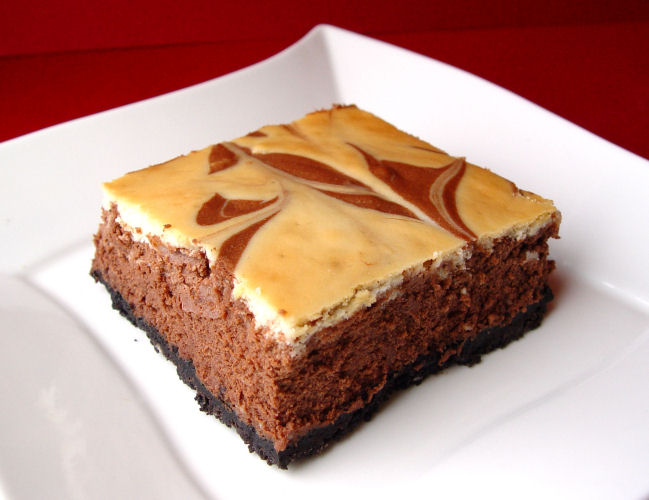 Chocolate Marble Cheesecake Bars