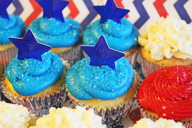 Red, White and Blue Cupcakes in a Flag Formation