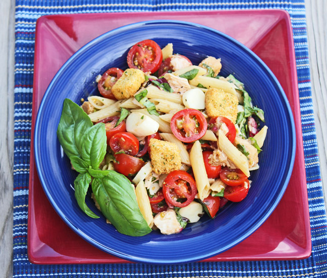 Bruschetta Chicken and Pasta Salad