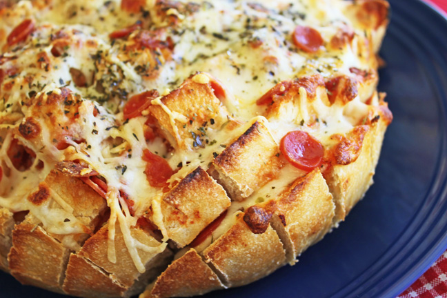 Pepperoni Pizza Party Loaf