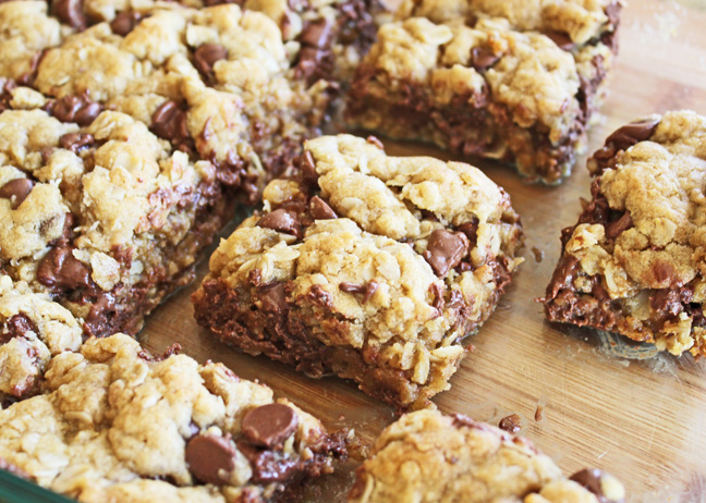 Chewy Chocolate Chip Oatmeal Bars and 17 Chocolate Chip Recipes for National Chocolate Chip Day