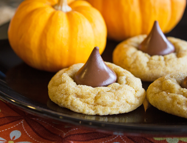 Pumpkin Kiss Cookies