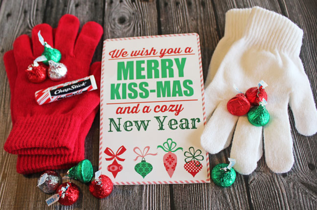 """We Wish You a Merry Kiss-mas"" Free Printable and ""Joy Without Measure"" Free Printable"