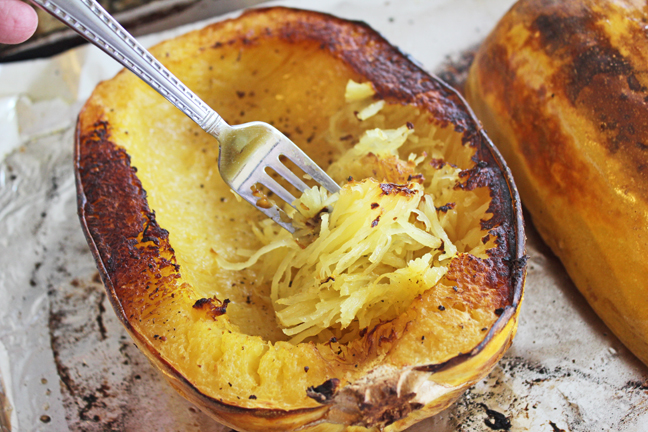 How to Roast Spaghetti Squash at Jamie cooks It Up!
