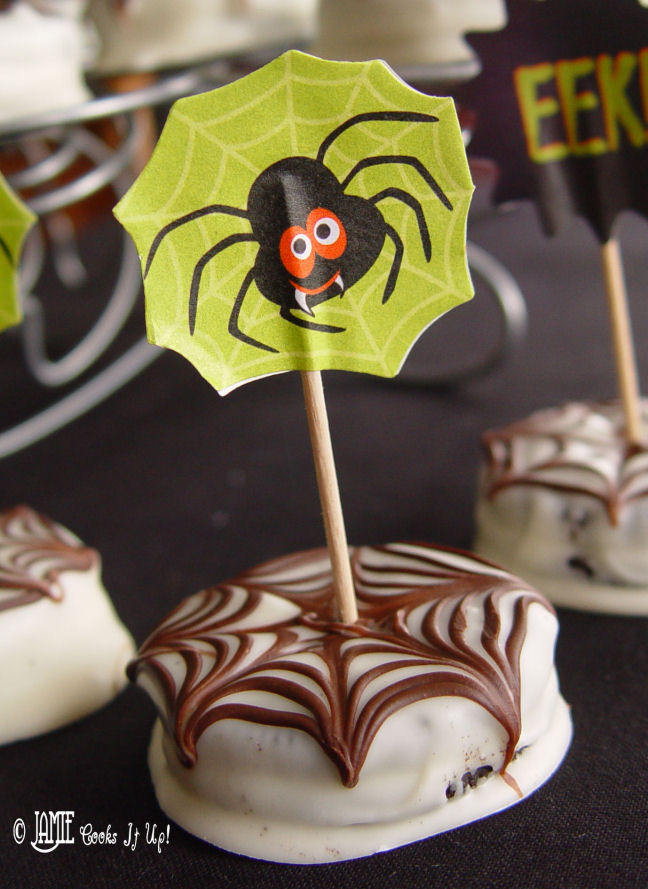 Chocolate Dipped Spider Web Oreos