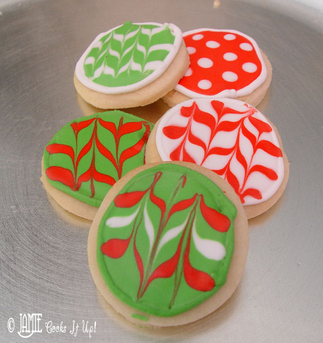 Christmas Sugar Cookies with Glaze Icing