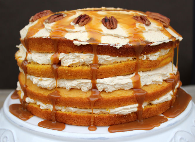 Layered Cake Recipes With Fillings: Pumpkin Layer Cake With Fluffy Cream Cheese Filling And