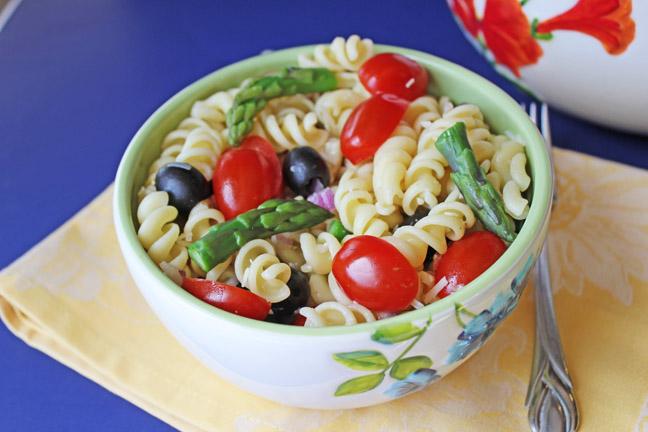 Asparagus, Tomato and Artichoke Pasta Salad