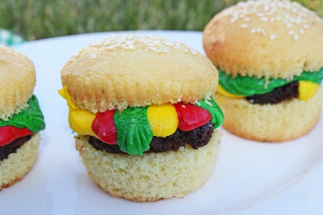 Cute Hamburger Cupcakes, fun for kids!