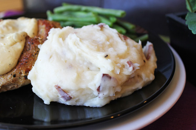 Crock Pot Roasted Garlic Mashed Potatoes from Jamie Cooks It Up