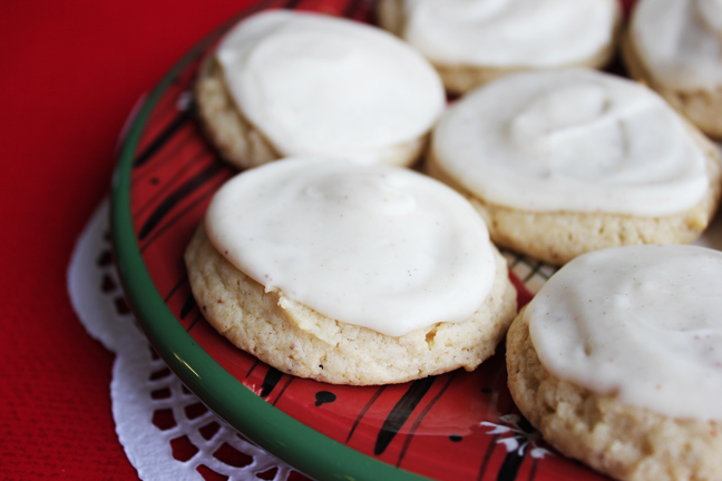Egg Nog Sugar Cookies from Jamie Cooks It Up
