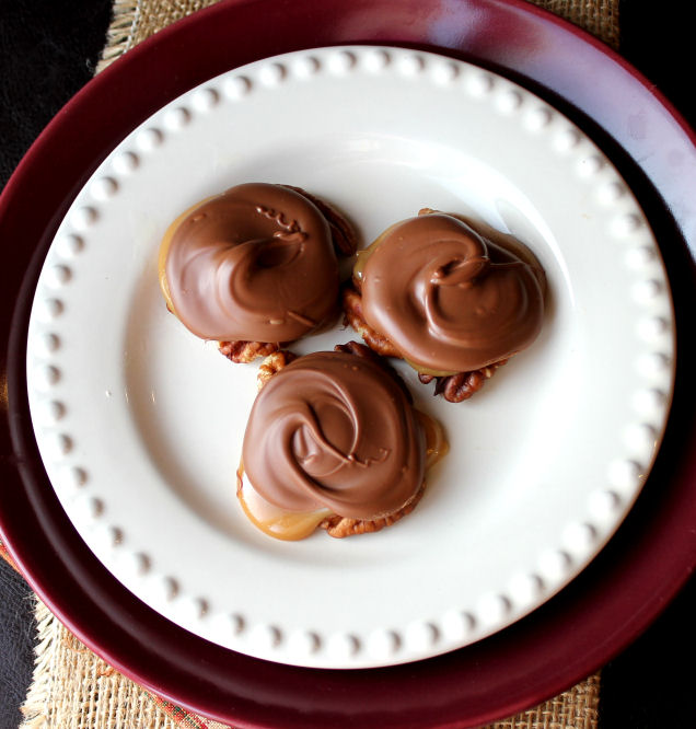 Chocolate Caramel Turtle Clusters