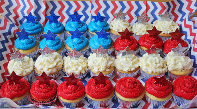 Red, White and Blue Cupcakes in a Flag Shape