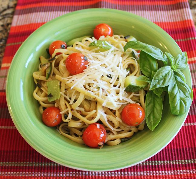 Zucchini, Tomato and Basil Linguine