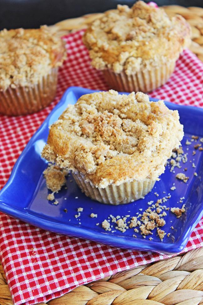 Cinnamon Crumb Muffins Jamie Cooks It Up!