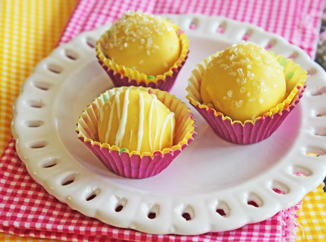 Easy Lemon Bon Bons