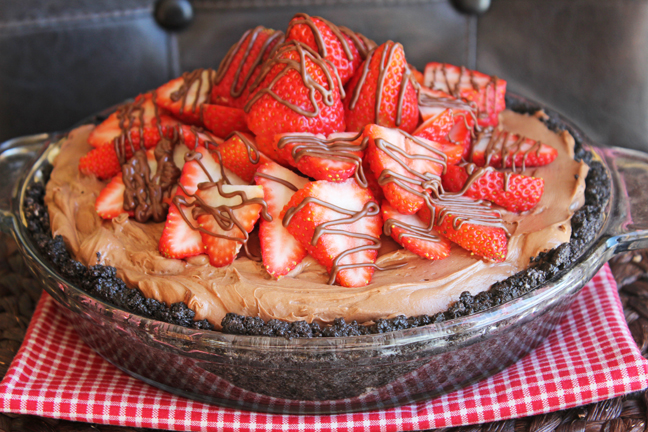 Nutella Strawberry Pie by Jamie Cooks It Up!