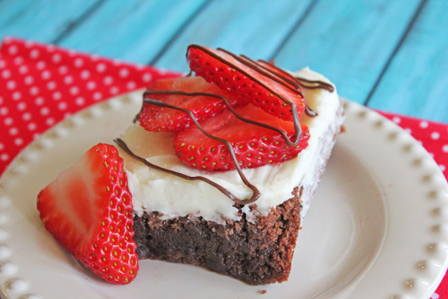 White Chocolate Strawberry Brownies at Jamie Coois It Up!