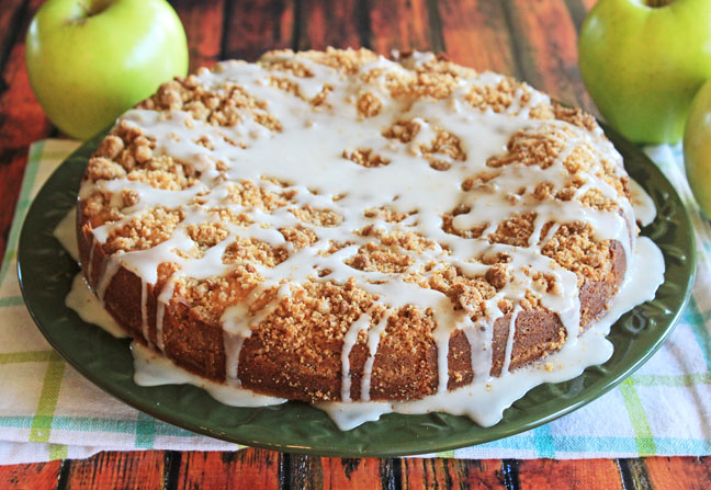 Cinnamon Crumb Apple Cake