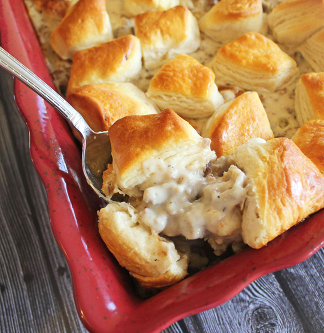 biscuits-and-gravy-casserole-at-jamie-cooks-it-up