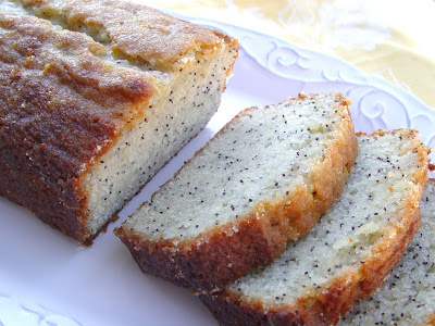 lauras-poppy-seed-bread
