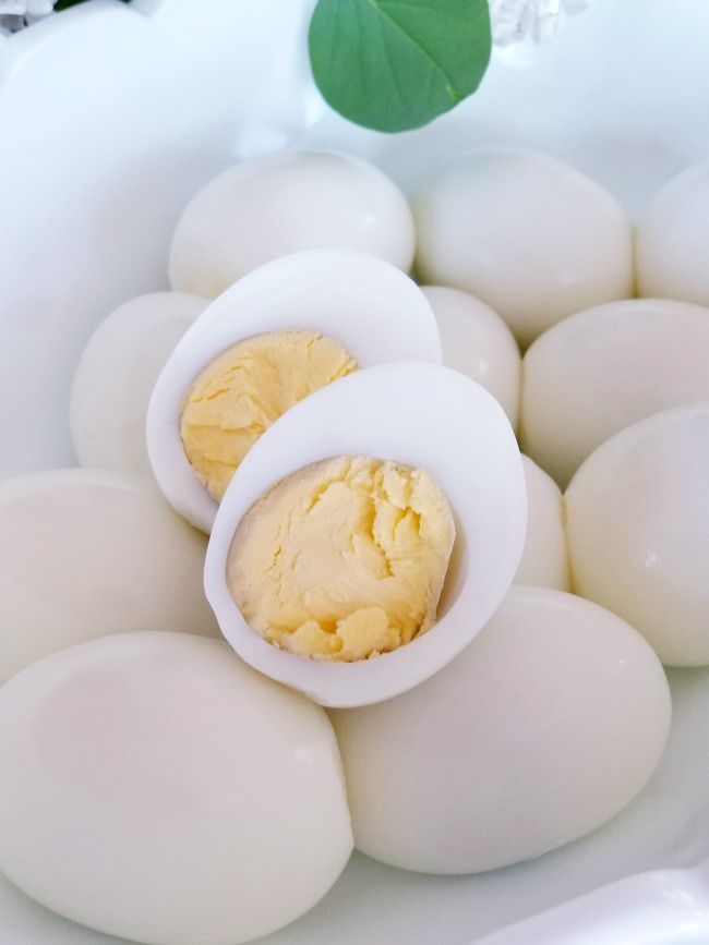 How to make Hard Boiled Eggs in the Instant Pot (Revolutionary!)